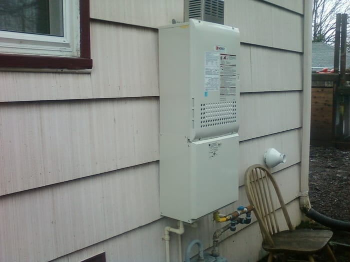 tankless vs conventional water Heater in Portland